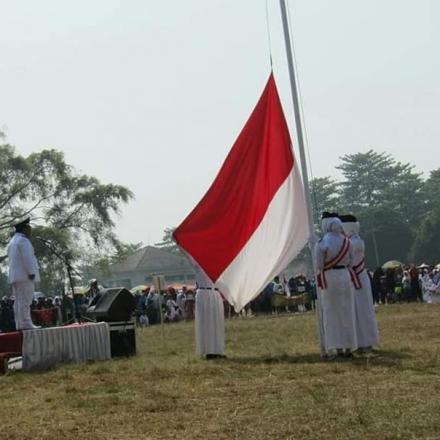 pengibaran Bendera Merah Putih Pada Tanggal 17 Agustus 2019